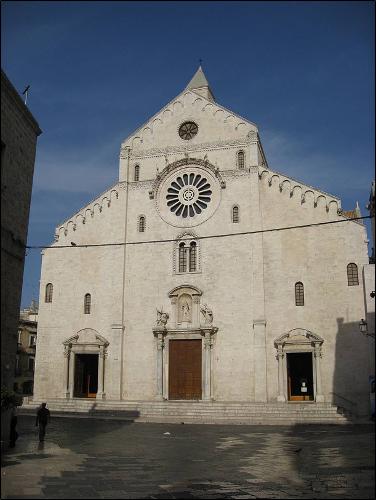 9 Mayıs Mucize Yaratan Aziz Nikolaos'un Kutsal Emanetlerinin Myra'dan Bari'ye Aktarılması
