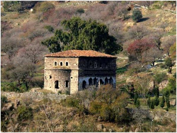 6 Aralık İzmirli Yeni Şehit Nikolas Karamos (1657)