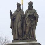 Slavların aydınlatıcıları,  Aziz ve Elciler'e denk Kiril(os) ve Methodios hakkında vaa